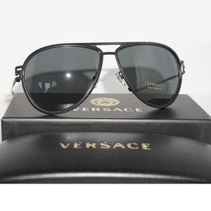 a4c727d847ab Versace Sunglasses Shiny Black w Grey